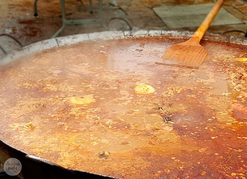 plato-tipico-malcocinado-yunquera-1