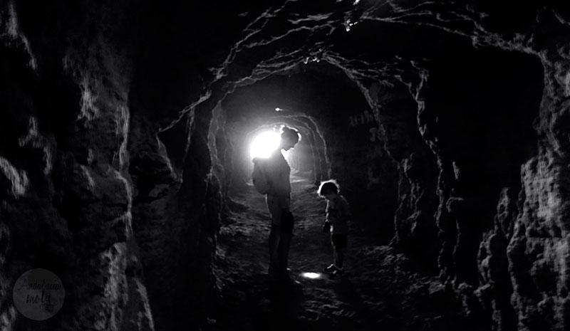 tunel-niños-divertido-sendero-gaitanejo-